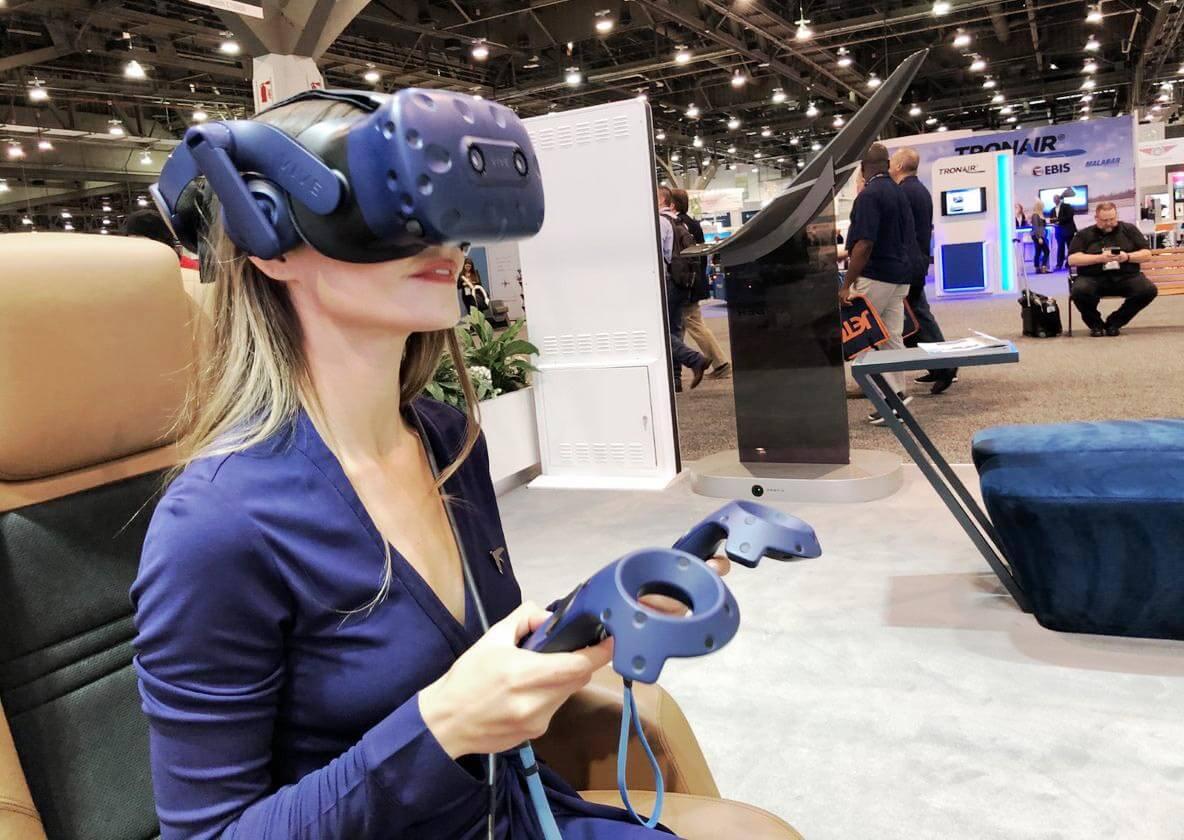 hostess using VR
